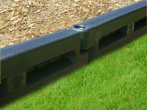 playground-plastic-borders